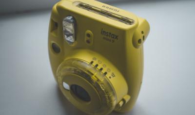 Win een Instax mini-camera